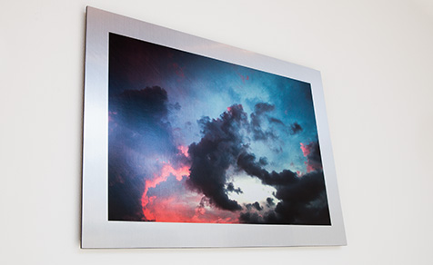 Aluminium mounted photos